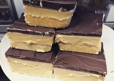 the-food-gallery-millionaire-shortbread